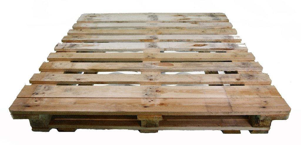 Reciclaje de palets de madera cuna de madera palets - Reciclaje de palet ...